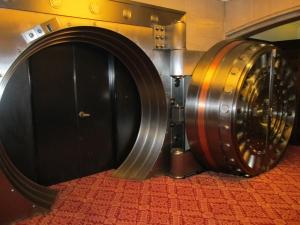 Vault-Vault (1)