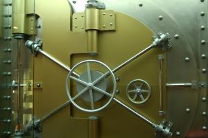 Vault_Door_by_mjranum_stock