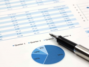 corporate-finance-pie-chart-pen